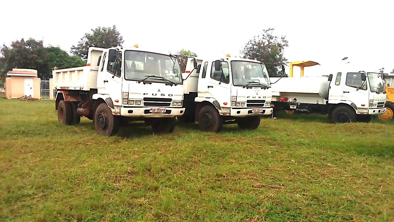 Tipper lorries