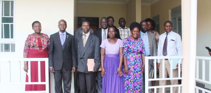 Members of the District Land board